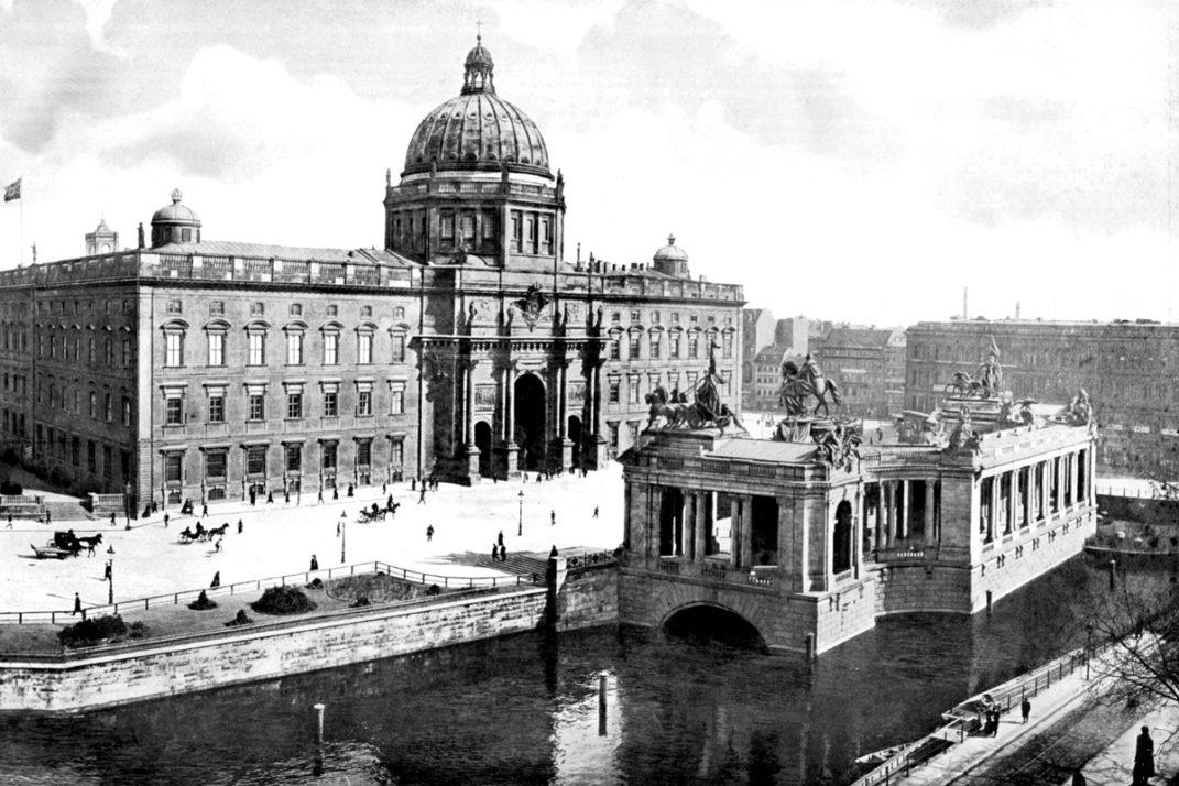 Historische Aufnahme des Nationaldenkmals Kaiser-Wilhelm in Berlin