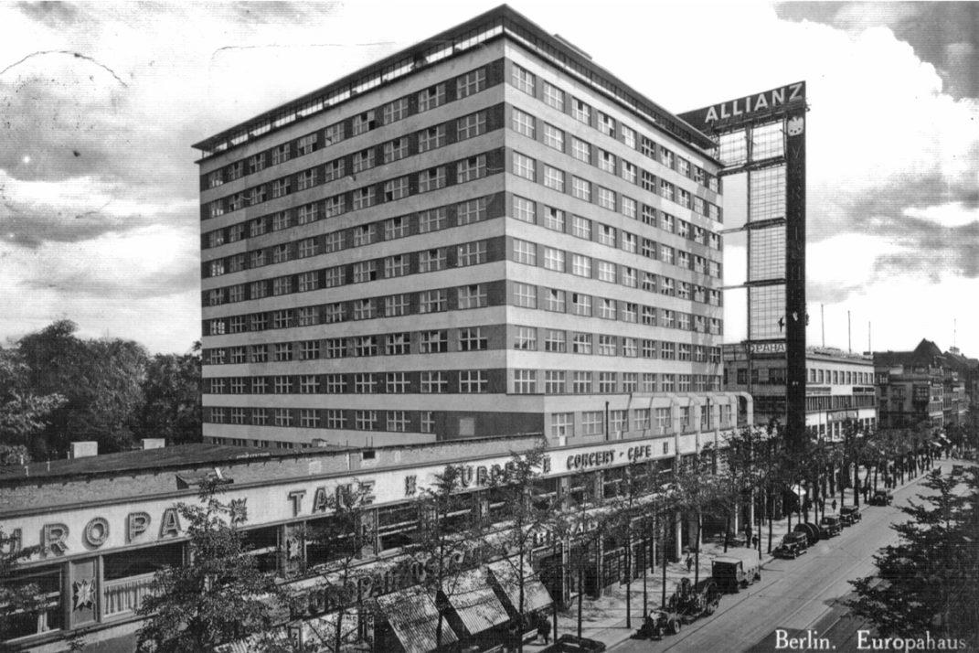 Historische Aufnahme des Europahauses in Berlin